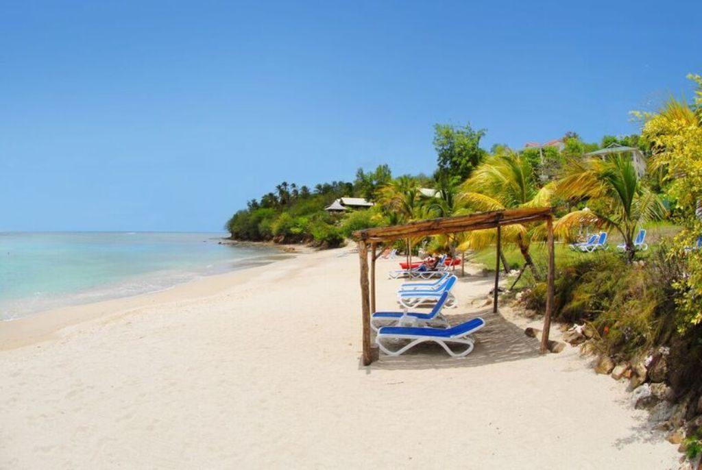 Calabash Cove beach