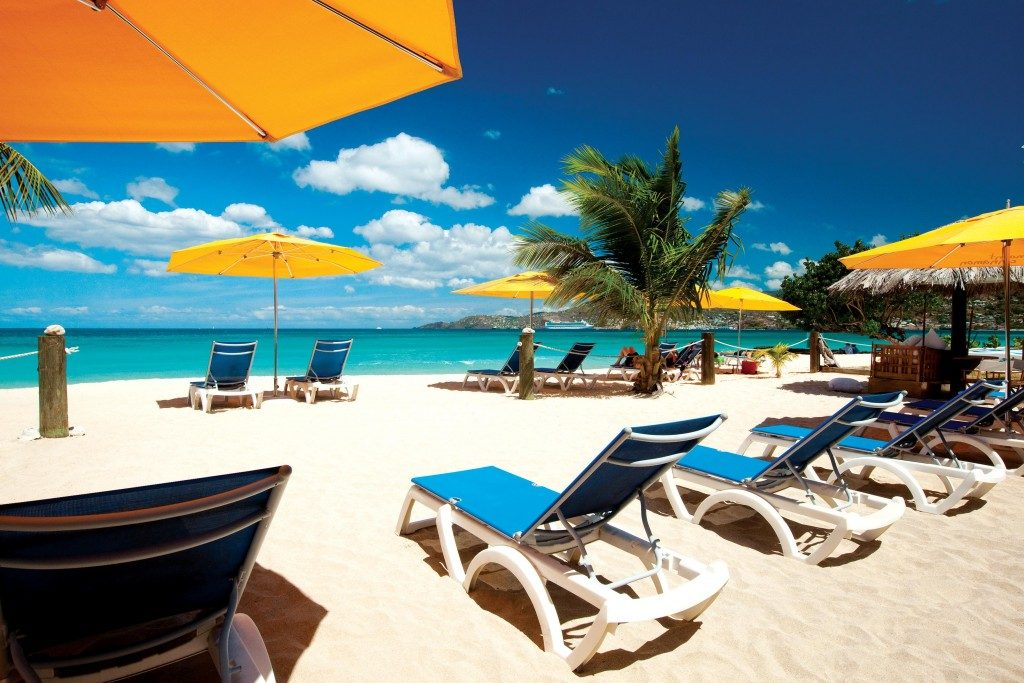 Mount-Cinnamon-Beach_Cabana-1024x683